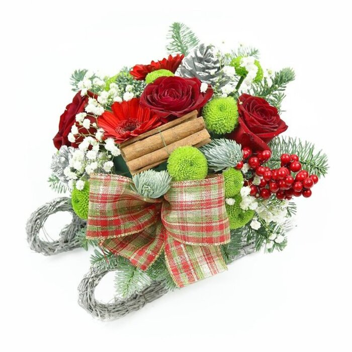 Celebrate this Christmas with a lovely and charming arranged wreath in