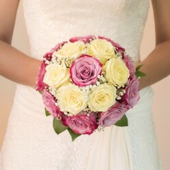 THE ONE BRIDAL BOUQUET 2