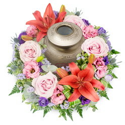 REMARKABLE LIFE URN TRIBUTE